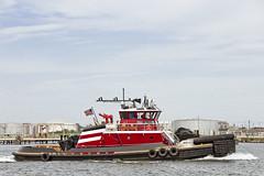 r_170921258_beat0057_a (Mitch Waxman) Tags: killvankull newyorkcity newyorkharbor statenisland tugboat newyork