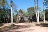 DSC_1555ThommanonMooiGelegenTussenDeBomen (De avonturen van de Argusvlinder) Tags: thommanon angkor siemreap cambodja suryavarmanii