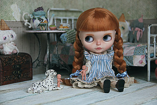 Let`s play the dolls!