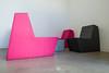 Las sillas negras (Juan Ig. Llana) Tags: bilbao bizkaia euskadi españa es bilbaoopenhouse archivohistóricodeeuskadi sala mobiliario sillas geometría habitación pared