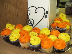 Autumn Cupcakes. (dccradio) Tags: newmarket md maryland grangehall party reception gettogether familygettogether inside indoors frosted frosting cupcakes yellow orange autumn vanilla chocolate heart food eat dessert sweets snack treat canon powershot elph 520hs