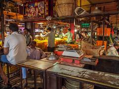LR-005 (hunbille) Tags: india mumbai birgittemumbai32015lr dadar phool galli phoolgalli flower market bazaar bombay