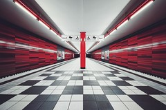 wartenau [pt 1 of 2] (christian mu) Tags: ubahn underground subway metro germany hamburg wartenau station haltestellewartenau vanishingpoint christianmu sonya7ii sony voigtländer voigtländer1545 15mm 1545 architecture