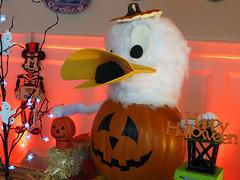 Donald Duck Pumpkin (meeko_) Tags: donald duck donaldduck pumpkin mickey mouse mickeymouse halloween disneyhalloween display lobby disneys boardwalk disneysboardwalk resort walt disney world waltdisneyworld florida