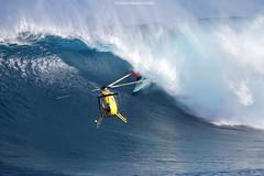 IMG_5607 copy (Aaron Lynton) Tags: canon 7d sigma peahi jaws surf xxl bigwave big wave maui hawaii peahichallenge challenge 2017 peahichallenge2017 lyntonproductions lynton