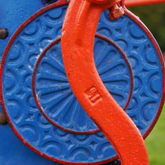Cake Breaker (Karls Kamera) Tags: cake breaker machinery detail pattern blue orange farm