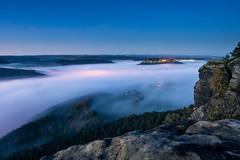 Festung Königstein (D a v i d _ M) Tags: festung königstein landschaft landscape nebel fog sächsische schweiz saxon switzerland elbsandsteingebirge a6000