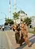 A bear leader in Istanbul (SALTOnline) Tags: ayıoynatma ayıoynatıcılığı ayı hayvan bearleader bear animal tophane istanbul nusretiyecamii nusretiyemosque saltaraştırma saltresearch saltonline