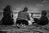 New balance (Mica.LRecorder) Tags: beach bw blackandwhite pretoebranco pb praia newbalance contrast friends dog amizade amigas cao pincel micalrecorder canon eos 700d