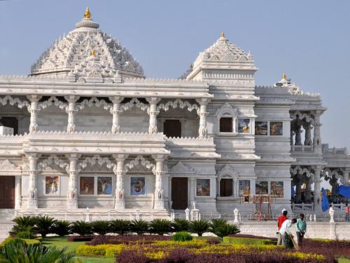 Prem Mandir. Vrindavan, Uttar Pradesh, India.