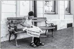 A la recherche de son chemin ! (bertranddorel) Tags: femme woman banc bench street streetphoto noiretblanc bw blackandwhite slovénie ljubljana balkans plan map search recherche ville town people human