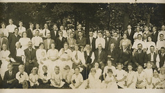 1915 - Huff family reunion - middle