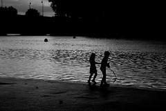 La Garonne aux enfants (Guillaume Carta) Tags: garonne toulouse enfants