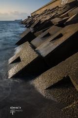 Playa Carboneras (Almería) (alseaz) Tags: oceano ocean water sea pier boat ship barco carboneras almeria españa spain rompe olas waves summer verano landscape naturaleza nature d7200 nikon tokina wide angle gran angular long exposure larga exposicion