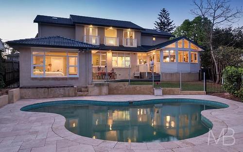 4 Lynbara Av, St Ives NSW 2075