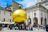 金球上的小人 / Sphaera (kao19930917) Tags: nikon d7100 1685 österreich salzburg austria goldenball sphaera