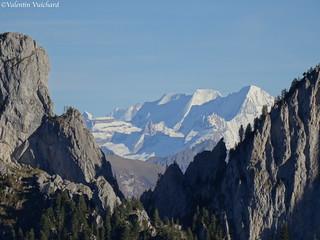 SF_DSC00241 - Vue sur les Gastlosen au premier plan avec les Alpes bernoises en arrière-plan.