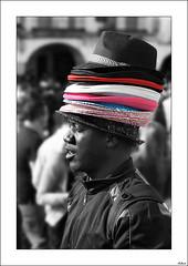 Todo está en la cabeza (V- strom) Tags: personas blanconegro texturas sombrero hat womad recuerdo memory retrato portrait textura textures