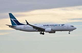 WestJet | Boeing 737 MAX 8
