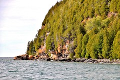 Fathom Five National Marine Park, Bruce Anchor Cruise, Tobermory, ON (Snuffy) Tags: fathomfivenationalmarinepark bruceanchorcruise tobermory ontario canada georgianbay lakehuron greatlakes fall autumn seasons