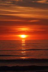 SUNRISE (R. D. SMITH) Tags: sunrise atlanticocean canoneos7d dawn ocean florida water clouds sun orange