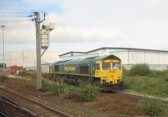 66547 Prepares to Depart Railport Doncaster. (ManOfYorkshire) Tags: 66547 class66 diesel freight locomotive depart railport doncaster container train railway belmont yard freightliner