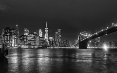 Puente de Brooklyn B&W (Jorge Pazos) Tags: ny nycity eeuu usa bw blanco y negro blackandwhite horizontal night shot 5dmarkiii 2470mm28l landscape paisaje river rio jorgepazos