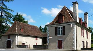 Quelle est cette maison? La Maison Chrestia à Orthez, où Francis Jammes vécut quelques années à partir de 1898 et qui est un musée maintenant grâce à l'association  Francis Jammes qui y a son siège