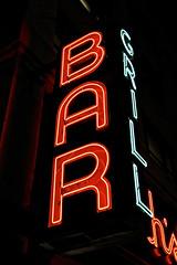 Smith's Bar and Restaurant, New York, NY (Robby Virus) Tags: newyorkcity newyork nyc ny manhattan bigapple city neon sign signage smiths bar restaurant institution