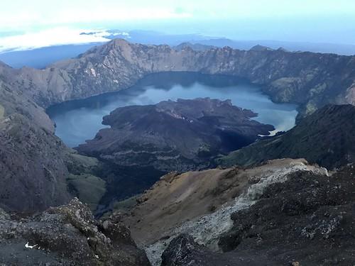 "Indonezja wulkany z Exploruj10 <a style=""margin-left:10px; font-size:0.8em;"" href=""http://www.flickr.com/photos/125852101@N02/37995384641/"" target=""_blank"">@flickr</a>"