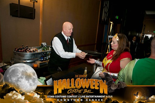 "Halloween Costume Ball 2017 • <a style=""font-size:0.8em;"" href=""http://www.flickr.com/photos/95348018@N07/38077687321/"" target=""_blank"">View on Flickr</a>"