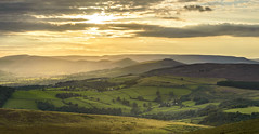 Hope Valley (John__Hull) Tags: hope valley stanage edge peak district derbyshire sun clouds england uk nikon d3200 fields summer haze rays great ridge breath taking landscapes