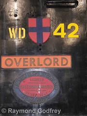 """WD 42 """"Overlord"""" D-Day Locomotive - 0-4-0 Diesel - Andrew Barclay Sons & Co., Kilmarnock (Ray's Photo Collection) Tags: historicdockyard thehistoricdockyard chatham kent england uk museum wd 42 overlord dday military diesel locomotive loco engine railway 040 barclay andrewbarclaysonsco plaque"""