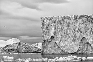Atlantic on the rocks