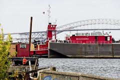 r_170921373_beat0057_a (Mitch Waxman) Tags: killvankull newyorkcity newyorkharbor statenisland tugboat newyork