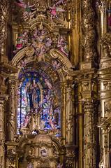 Purísima Concepción - Retablo Mayor (detalle) (Juan Ig. Llana) Tags: elorrio bizkaia euskadi españa es iglesia basílica retablo arte religión virgen maría columnas dorado vidriera decoración ángel zb