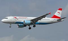 OE-LBW 28/03/17 Heathrow (EGLL) (Lowflyer1948) Tags: oelbw airbus a320214 280317 heathrow myrtleavenue austrianairlines