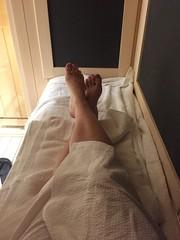 sitting on massage table (thrivemassagewellness) Tags: massage massagehealth massagetherapist massagetherapy thrivemassageandwellness relax painrelief