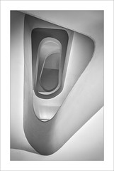 Cap amunt / Upwards (ximo rosell) Tags: ximorosell bn blackandwhite blancoynegro bw buildings stairs escales escaleras arquitectura architecture abstract abstracció llum luz light