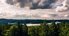 Talsperre Eibenstock - Dam yew floor (Karabelso) Tags: grã¼n water lake trees sky forest landscabe wasser see bäume himmel wald landschaft talsperre wolken panasonic lumix gx7 clouds