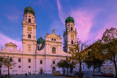 St. Stephan's Cathedral at Evening Sun - Passau, Germany (dejott1708) Tags: passau germany architecture sunset cityscape building church cathedral st stephans evening sun