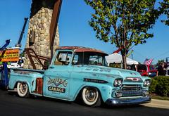 Cooter's 1959 Chevrolet Apache Pickup Tow Truck (J Wells S) Tags: cootersgarage ratrod streetrod lowrider towtruck twinboom visor trao towingandrecoveryassociationofohio midwestregionaltowshow greatwolflodge mason cincinnati ohio 1959chevroletapachepickuptruck