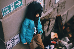 parking this way III (AzureFantoccini) Tags: bjd balljointeddoll asleep eidolon asleepeidolon xun satoshi street doll parking autumn it trash red balloon halloween creepy smoke outdoor 洵