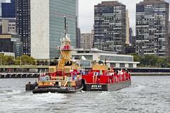 r_171016198_beat0065_a (Mitch Waxman) Tags: bigallis citywideferry eastrivershoreline newyorkcity newyorkharbor reinauer tugboat newyork
