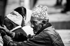 NEPAL - OLD MAN NR1 B&W (TONY-BUENO - Barcelona) Tags: canon eos 5d 5dmkii 5dmk2 35350ef3556 35350 nepal portrait bw blancoynegro blackandwhite retrato