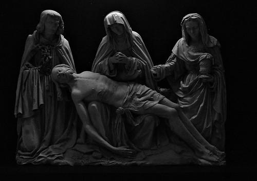 10 - Reims - Musée Saint-Remi - Pieta dite de Saint-Marcoul, Champagne, Vers 1500 - Calcaire, polychromie