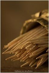 Toothpick (HP033325) (Hetwie) Tags: toothpick macromondays keuken cocktailprikker prikker tandenstoker foundinthekitchen macromaandag