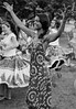 """Ela dança"" Flamengo, Rio de Janeiro, Brasil (MUDILANE) Tags: rio riodejaneiro danca ela bonita preta dancar samba maracatu girl woman brasileira musica rythm brasil beautiful mlazarevphoto flamengo bw black film"