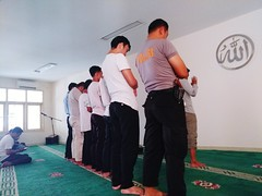 Hayaa alaa shalaa.. Indoors  Law Standing Men People Full Length Adult Day Only Men Learn & Shoot: Simplicity INDONESIA Indonesia_photography Lgv20 Low Angle View Indoors  LGphotography Lgv20photography Police Officer Praying Time Shalat Peace And Quiet B (kenoesy) Tags: indoors law standing men people fulllength adult day onlymen learnshootsimplicity indonesia indonesiaphotography lgv20 lowangleview lgphotography lgv20photography policeofficer prayingtime shalat peaceandquiet blessedandthankful office officehours officers