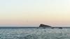 Isla de Benidorm. / Benidorm Island. (Recesvintus) Tags: isla benidorm costablanca mediterráneo mediterranean sea mar island minimalism minimalist minimal minimalismo paisaje landscape marine marino agua water soft colors suave color exterior airelibre outdoor recesvintus boats sonya5100 sonyilce5100